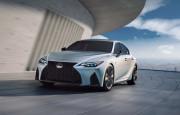 2021 Yeni Lexus IS Özellikleri ile Tanıtıldı