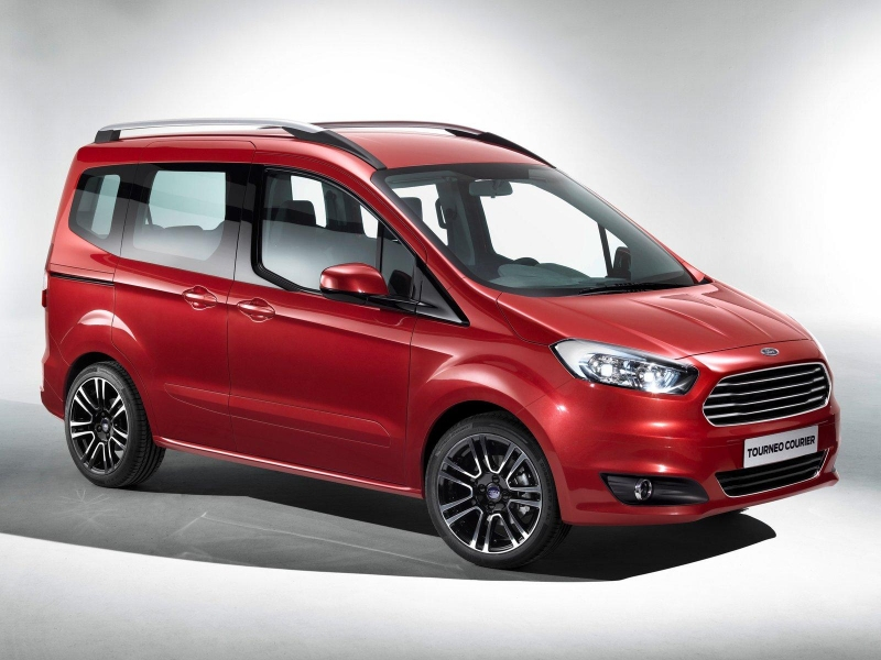 2014 yeni ford tourneo courier 1 2015 Yeni Ford Tourneo ve Transit