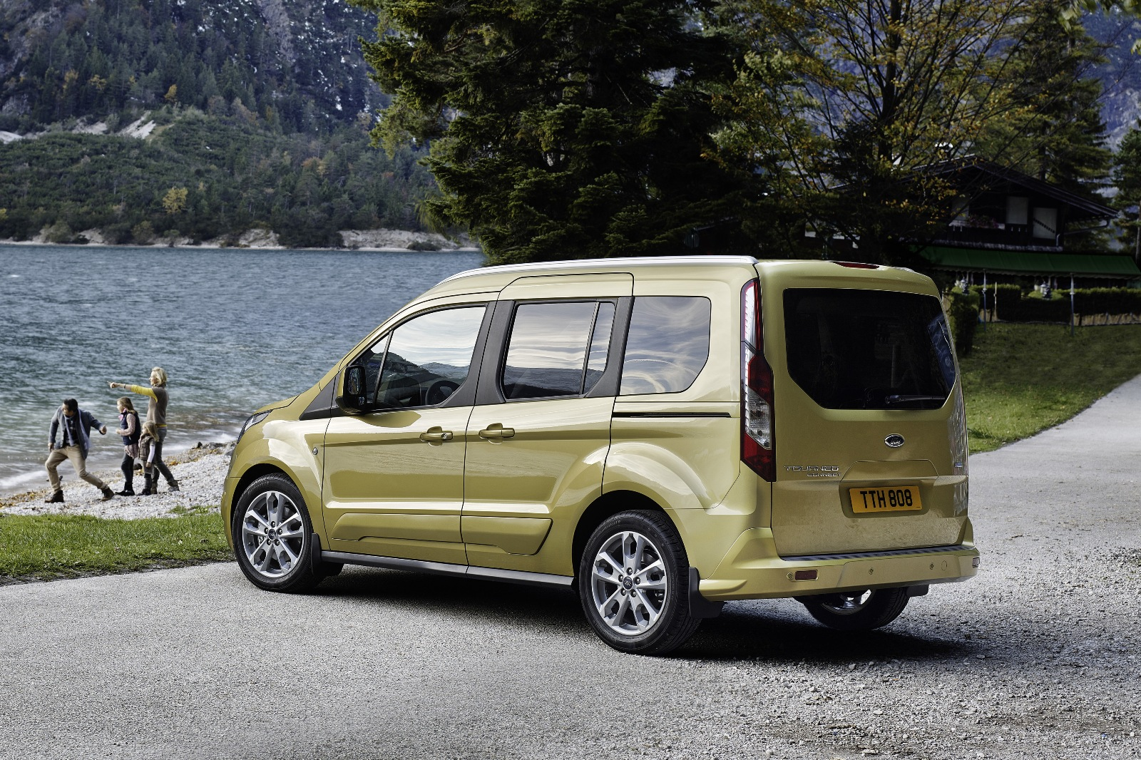 2014 yeni kasa ford tourneo connect 13 150x150 2014 Yeni Kasa Ford