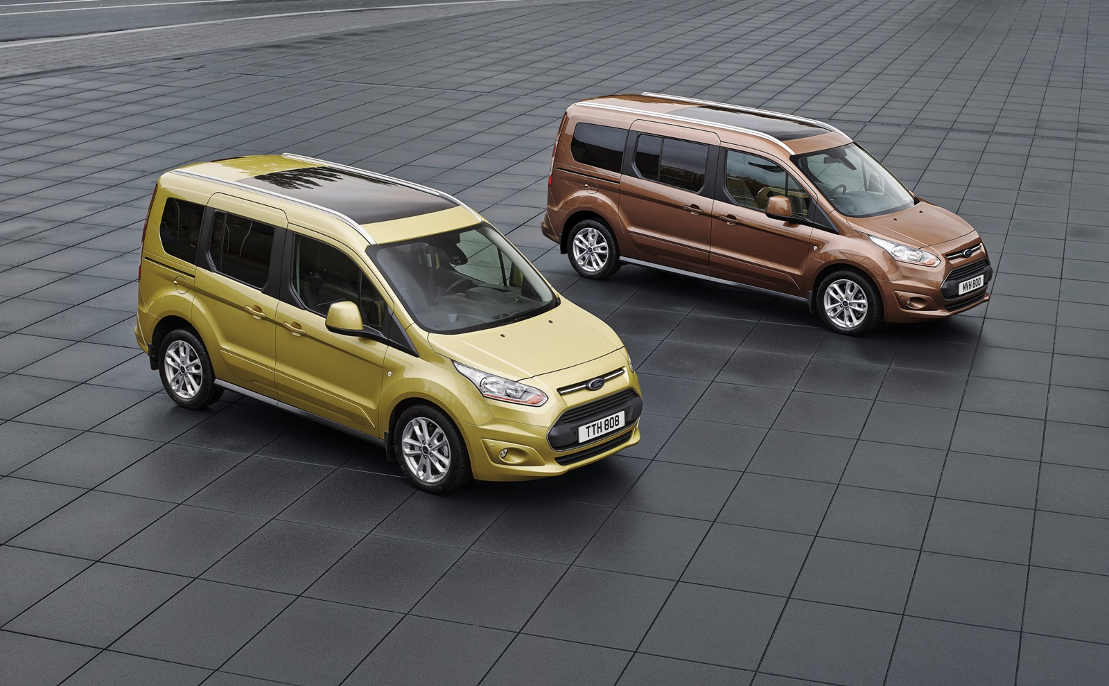 2014 Ford Tourneo Connect ve Transit Connect T rkiye de ilk kez