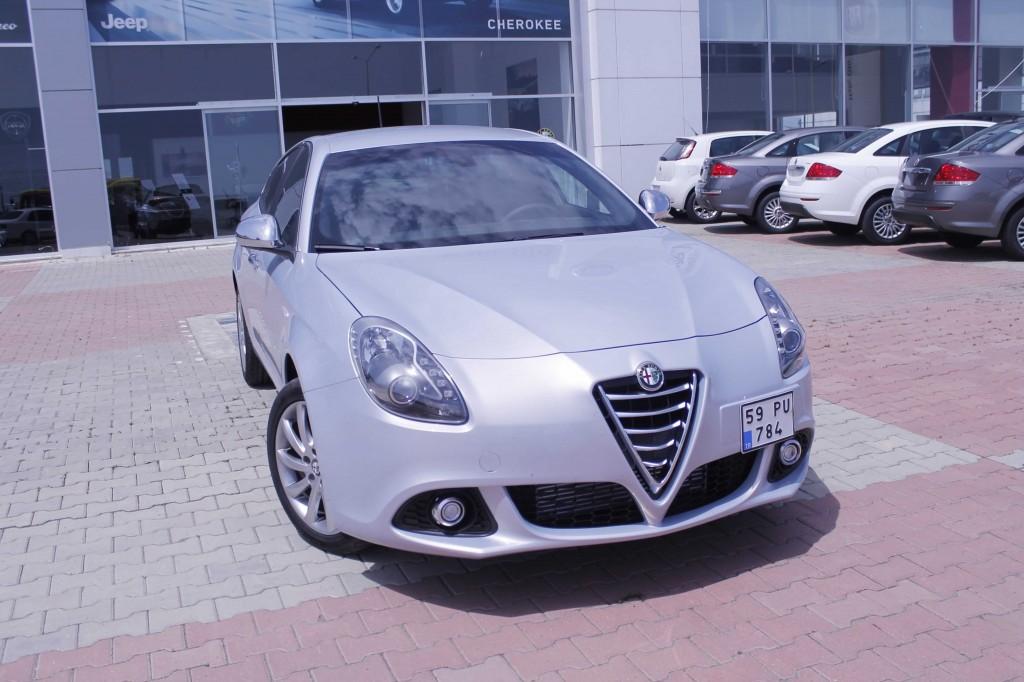 Alfa Romeo Giulietta Distinctive 1.6 JTD-1
