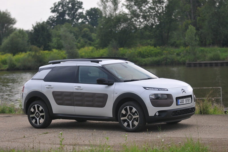 c4 cactus prix photos et vid os de citroen c4 cactus prix citro n c4 citroen c4 cactus prix. Black Bedroom Furniture Sets. Home Design Ideas