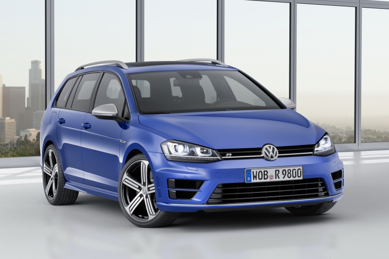 2015 yeni volkswagen golf 7 r variant ortaya kt oto kokpit. Black Bedroom Furniture Sets. Home Design Ideas