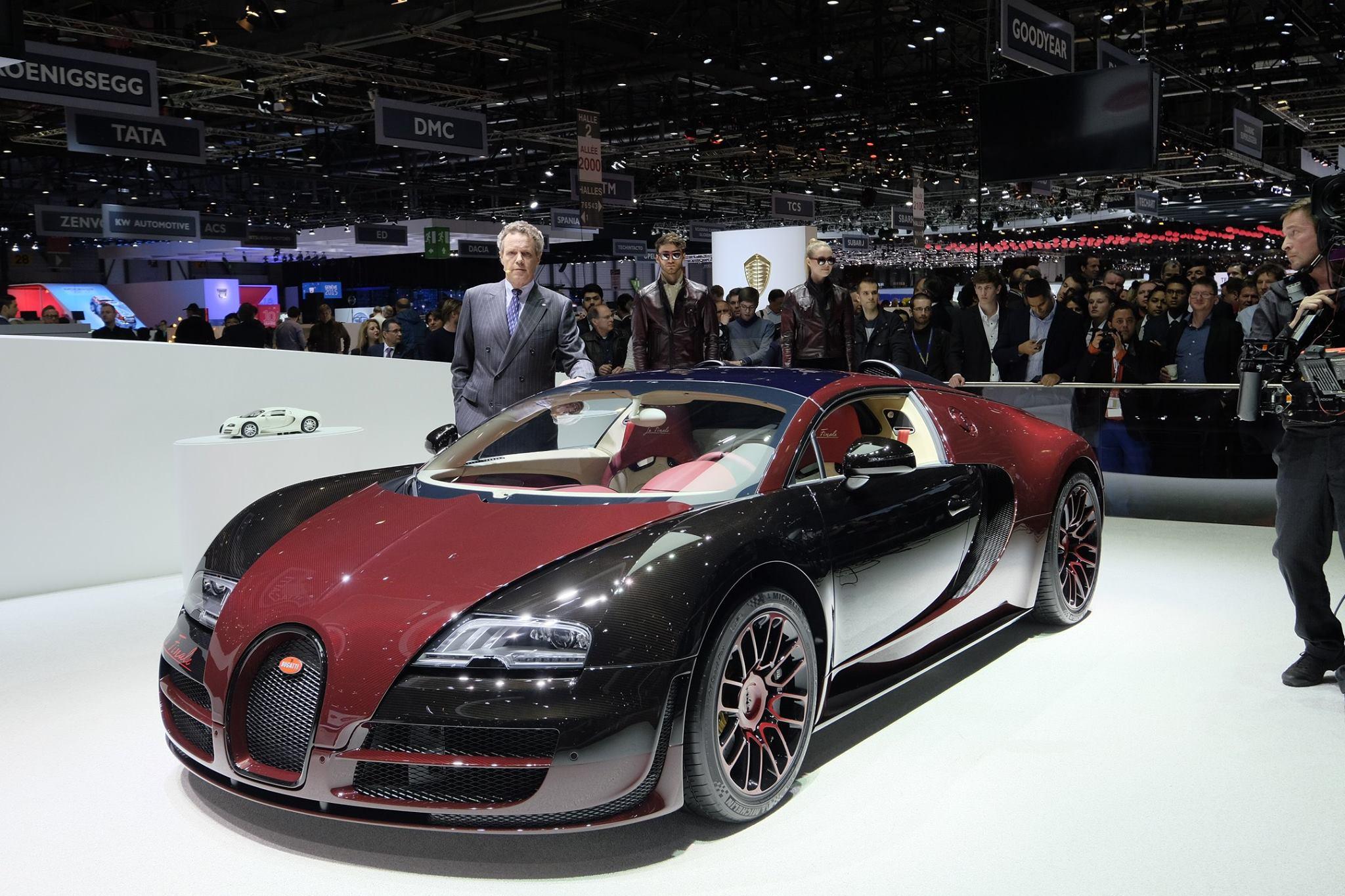 2015 yeni bugatti veyron grand sport vitesse la finale tan t ld oto kokpit. Black Bedroom Furniture Sets. Home Design Ideas