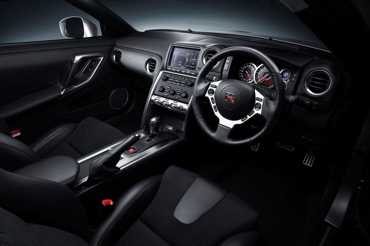 Nissan черный салон  № 2381472  скачать