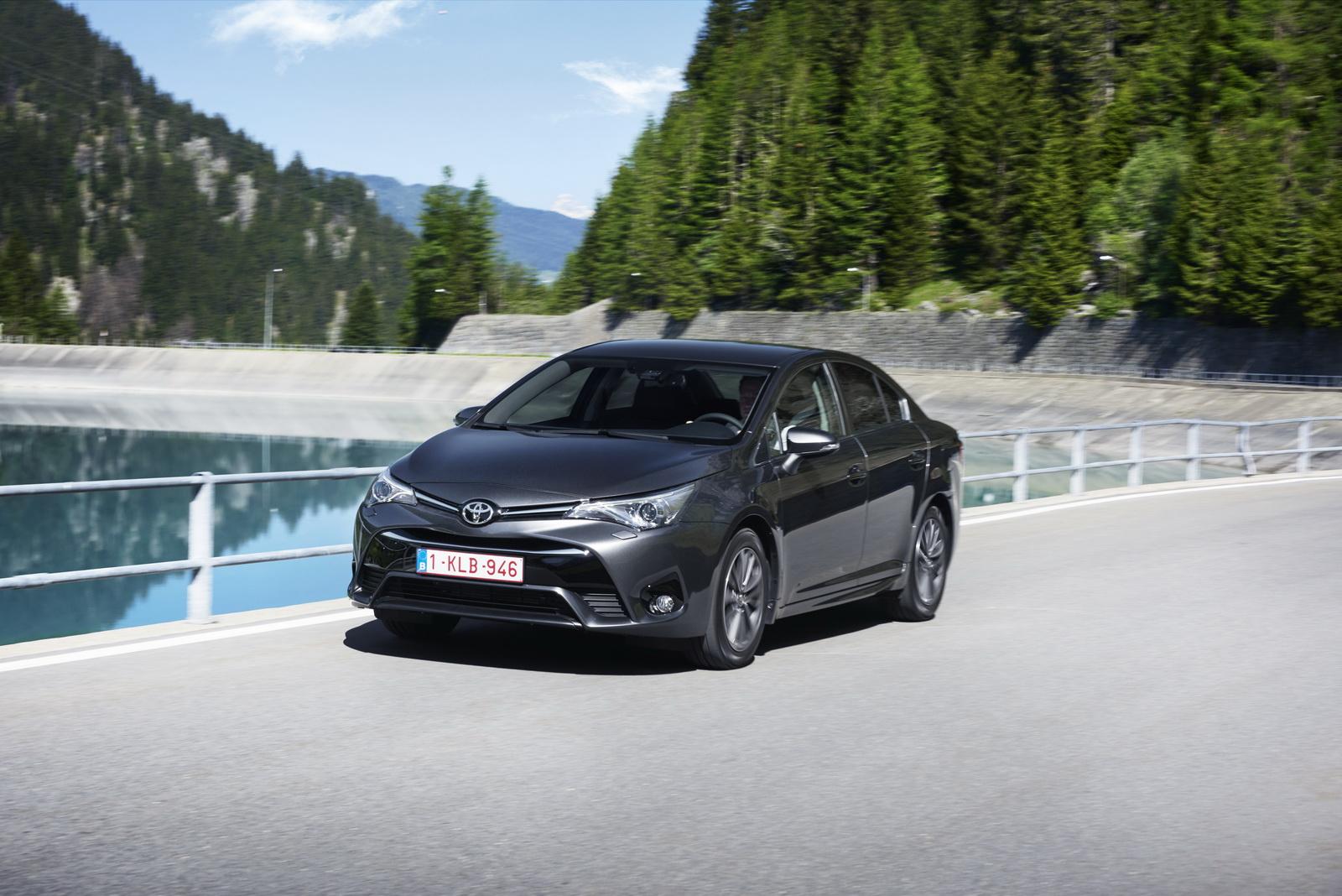 2015 Model Yeni Kasa Avensis | Autos Post