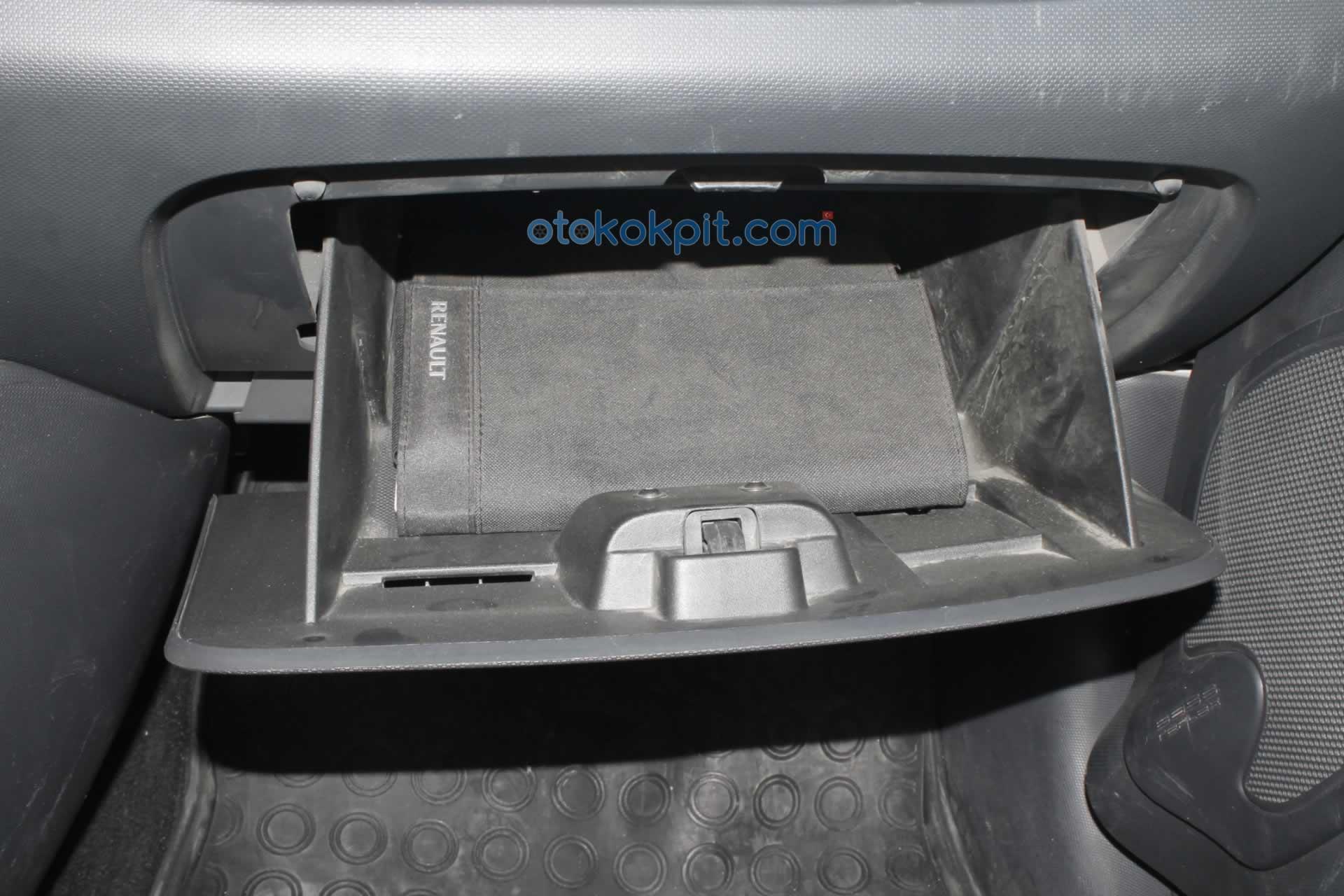 Renault Clio 4 Joy 1.5 dCi Torpido