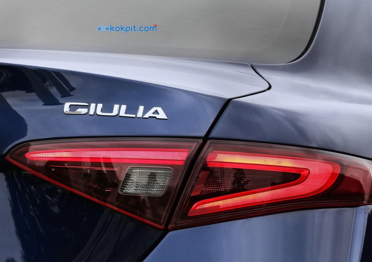 Yeni Alfa Romeo Giulia Nasıl?