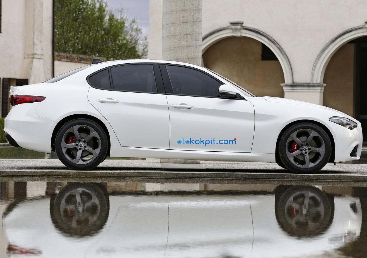 Yeni Alfa Romeo Giulia Benzinli