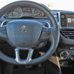 Yeni Peugeot 208 1.6 e-HDi Active Otomatik Kokpiti