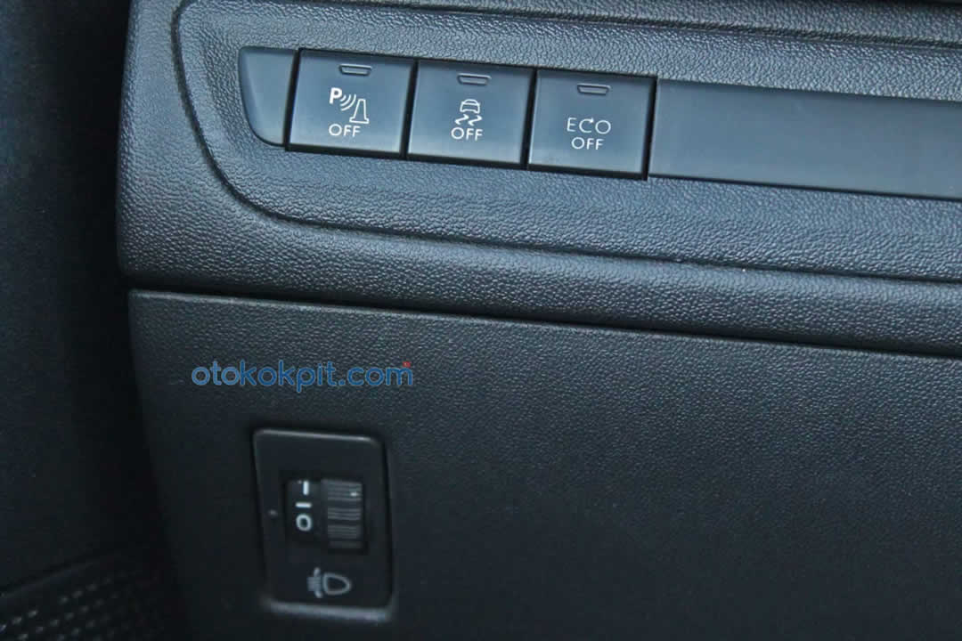 Peugeot 208 1.6 e-HDi Active Otomatik Özellikleri