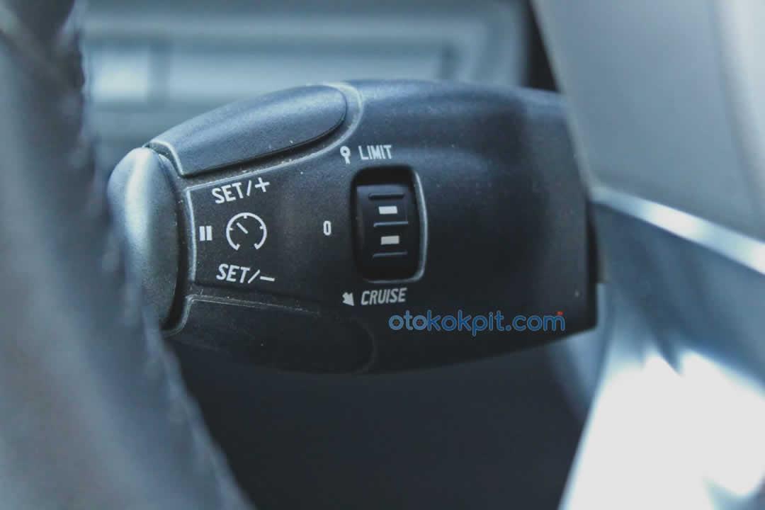 Peugeot 208 1.6 e-HDi Active Otomatik Hız Sabitleme