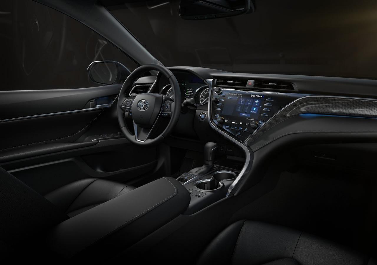2018 Yeni Kasa Toyota Camry İçi