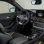 2018 Yeni Mercedes-AMG GLA45 Studio Kokpiti