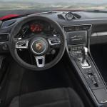 2018 Yeni Porsche 911 GTS Kokpiti