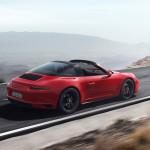 2018 Yeni Porsche 911 GTS Türkiye