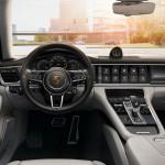 Yeni Porsche Panamera Turbo Sport Turismo Kokpiti
