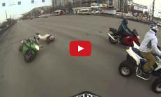Rusya'da Komik Motosiklet Kazası