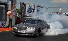 3000 Beygirlik Drag Canavarı: Bentley Continental GT