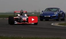 Porsche 911 Turbo S, Formula 4 Aracına Karşı