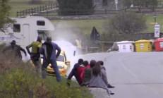 Seyircileri Biçmesine Ramak Kalan Ralli Kazası