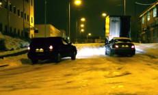 Karlı Zeminde BMW M3 Kış Lastiğiyle, 4WD Araç İse Yaz Lastiğiyle