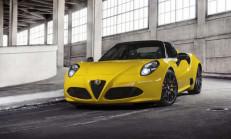 2015 Alfa Romeo 4C Spider ile Tanıştınız Mı?