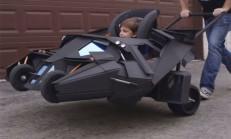 Bu da Batmobile Bebek Arabası