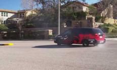 550 Beygirlik Minivan ile Aile Boyu Drift Keyfi