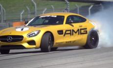 Mercedes AMG GT-S Güçlü Yüzünü Gösterdi