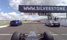 Honda Civic-McLaren 650S-F1 Aracı Silverstone Pistinde Buluşursa