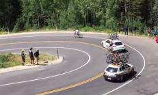 Bisiklet Yarışçısı, Porsche Panamera'ya Çarpıyor