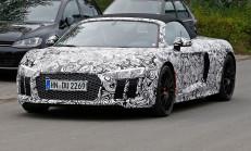 2017 Yeni Kasa Audi R8 Spyder'da Göründü