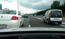Çılgın Audi TT Sürücüsü İstanbul Trafiğinde Terör Estiriyor
