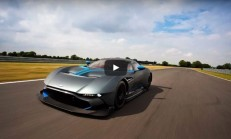 800 Beygirlik Aston Martin Vulcan-Video