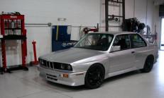 Bilinirliğin Ötesine Geçen 600+ Beygirlik BMW M3 E30
