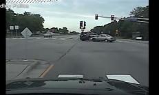 Polis Arabası, Hatalı Geçişin Kurbanı Oldu