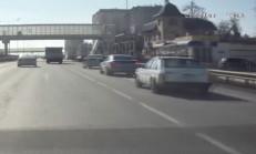 Zincirleme Trafik Kazası, Araç İçi Kamerasına Yansıdı