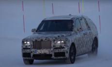 2019 Yeni Rolls-Royce Cullinan Karlar Üzerinde Görüntülendi