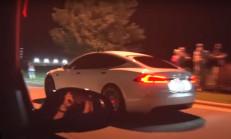 Tesla Model S, Hızlıları Üzmeye Devam Ediyor