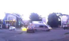 Ambulans Şoförü Son Anda Topladı