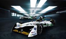 """Audi'nin Formula E Aracı """"e-tron FE04"""" Tanıtıldı"""