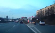 BMW Sürücüsünün Hatası, Subaru'yu Yoldan Çıkardı