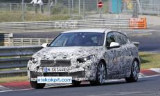 2019 Yeni BMW 1 Serisi ile M130iX Performans Versiyonu da Gelecek