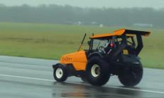 Karşınızda Dünyanın En Hızlı Traktörünü İzlemelisiniz