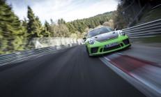 Yeni 911 GT3 RS, Nürburgring'i 7 Dakikanın Altında Döndü!