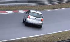 VW Polo, Ring'te Fena Patladı!
