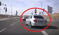 Toyota Corolla Makas Atarken Fluence'e Arkadan Girdi
