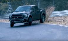 Ford Raptor, Vaughn Gittin ile Ring'in Tozunu Attırdı