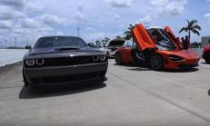 Hangisi Geçer? 1.150 Beygir Dodge Challenger Hellcat – McLaren 720S